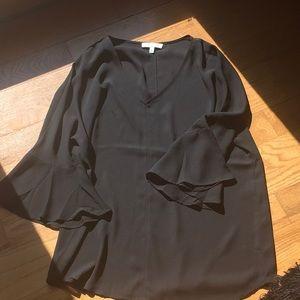 Trumpet sleeve blouse